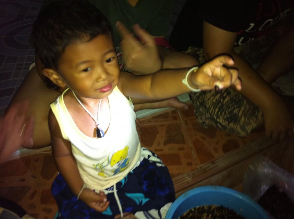 Kid Dare To Catch Mang Mun